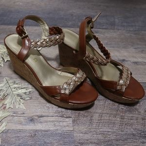 Sparkly Wedges | 8.5M
